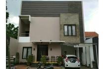 Rumah Jual BU di Ciumbeluit,Dekat UNPAR 900jt Nego Abis