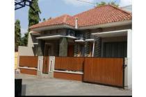 Rumah dekat Hartono mall, dalam perumahan