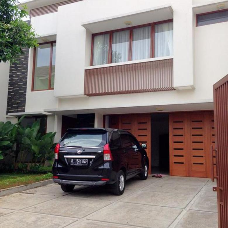 Rumah di kebayoran baru,dkt Rs brawijaya,dharmawangsa square