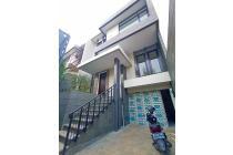 [HOUSE FOR SALE] Rumah 3 Lantai di Bangka Area