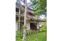 Villa antik style bali di jalan utama harga murah