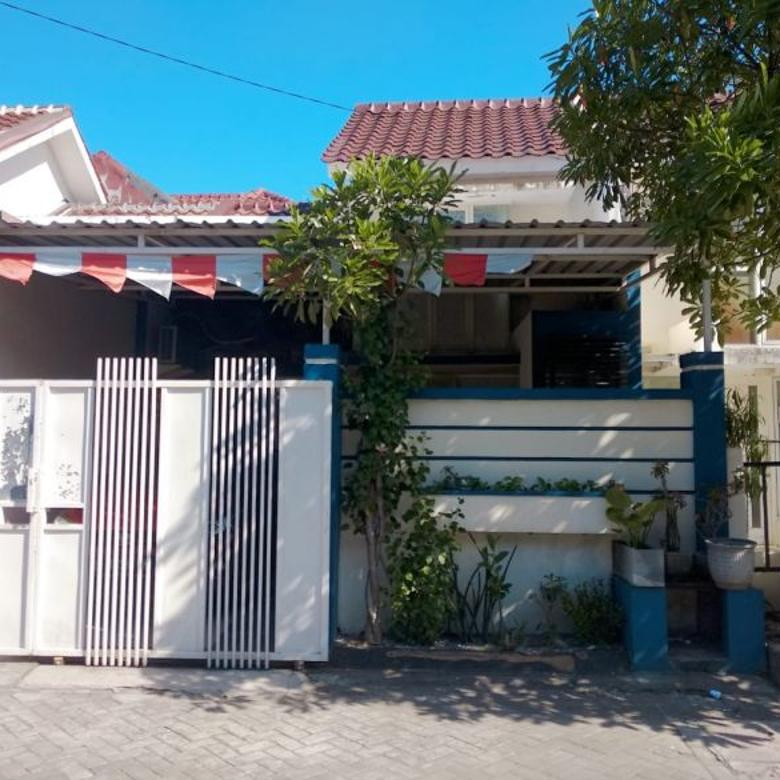Rumah Siap Huni di Green Lake Dekat dengan Stikom dan Merr