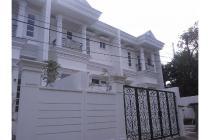 rumah mewah di daerah duren tiga