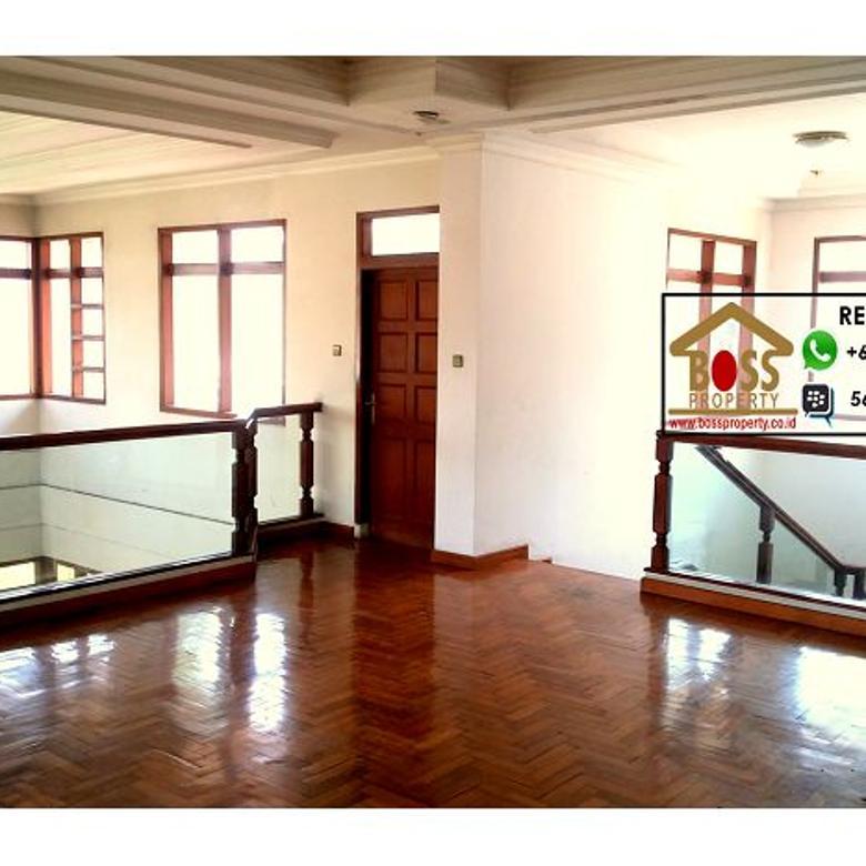 dijual Rumah di Setra Duta, Bandung Utara, jual cepat, harga murah