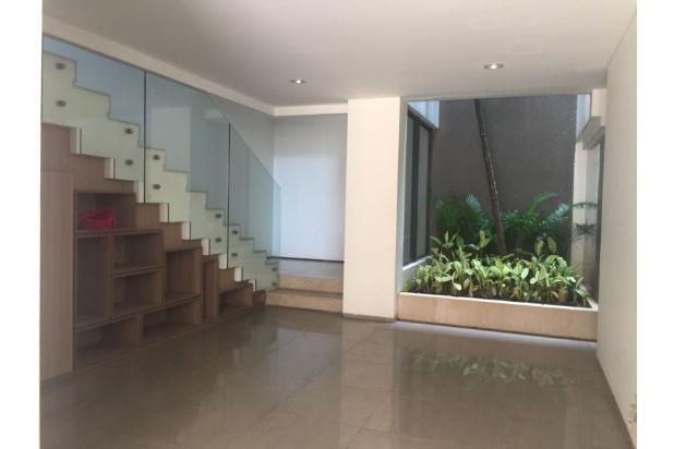 AIKONIK TOWN HOUSE @ MENTENG -- JAKARTA PUSAT 17700238