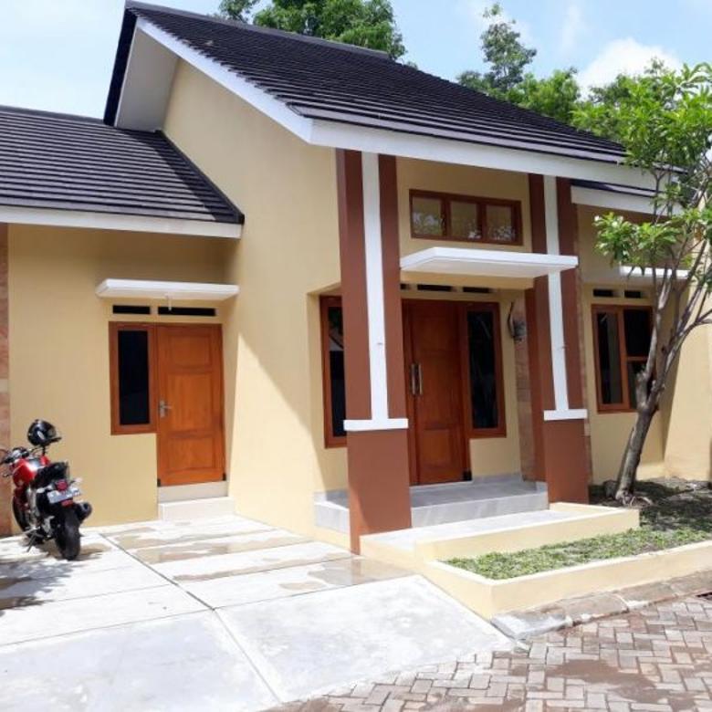 Rumah Minimalis Cantik Dekat Hotel Hyatt Golf Utara Ugm Jogjakarta