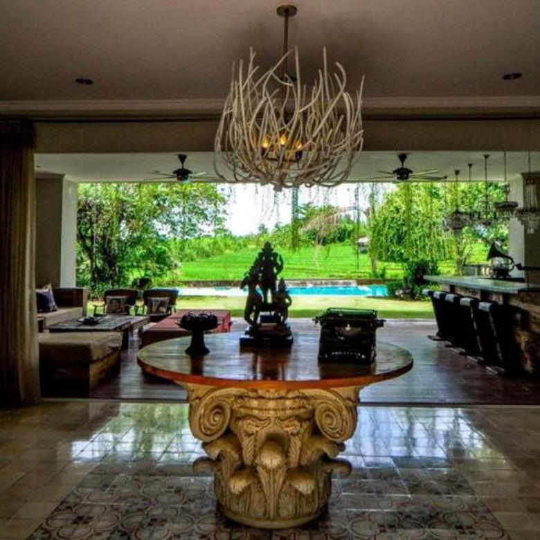 Luxury Fully Furnished Villa with Ocean View at Bali