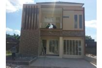 Puri Ayu Town House