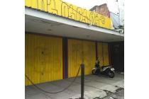 Bangunan dijual hanya hitung tanah di RadDal, JakSel