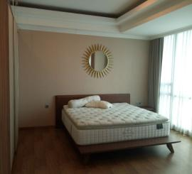 Apartemen  Kemang Village Residence, Semi furnished