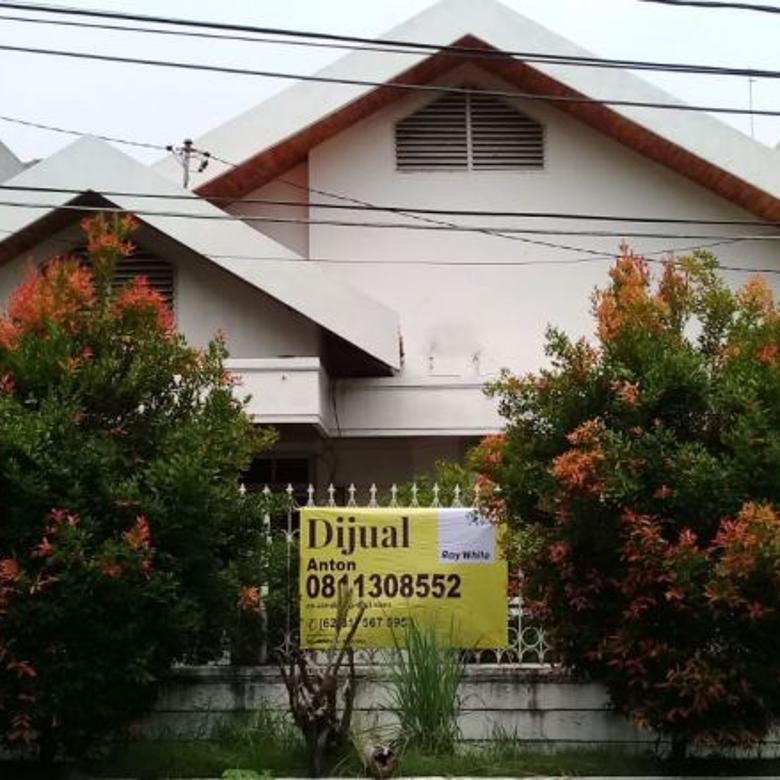 Rumah Dharmahusada Indah Utara dekat dengan Galaxy Mall