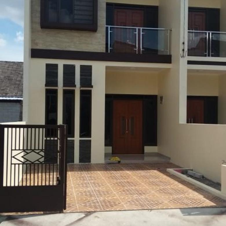 Rumah 2 lantai bagus minimalis bisa kpr
