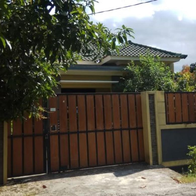 Rumah di Jl pesona wisata Pagutan