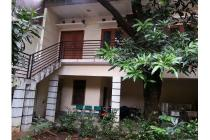 Dijual Rumah Hitung Tanah Nyaman Asri di Pulo Asem Jakarta Timur