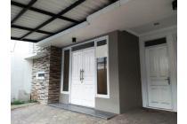 Disewa Rumah Minimalis Cantik di Tebet, Jakarta Selatan #8113