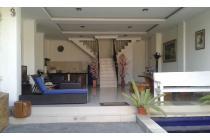 BUC Private Villa modern Located Dewisri Seminyak