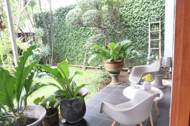 Rumah Asri di Jakarta Selatan 12663275