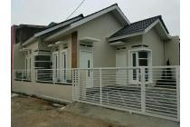 Rumah baru HOEK siap huni Bekasi Timur Regency posisi depan