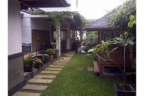 Dijual Rumah Artistik Nuansa Bali di Setiabudi Regency, Bandung