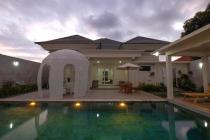 Villa di Batu Layar dekat Senggigi
