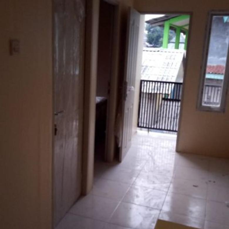 Rumah dekat stasiun Cakung, Jaktim, cash saja 400 jutaan, BU