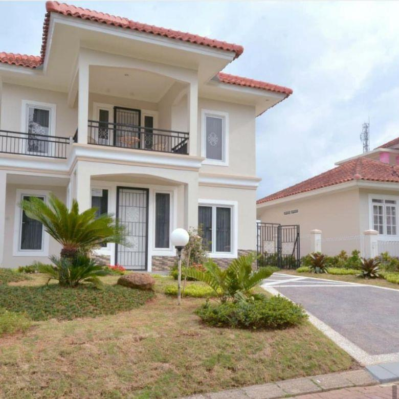 Villa dijual Puncak Resort dekat Taman Bunga Bogor