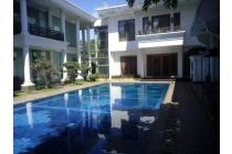 Rumah Luas & Mewah, Furniture, Swimming Pool di Cilandak