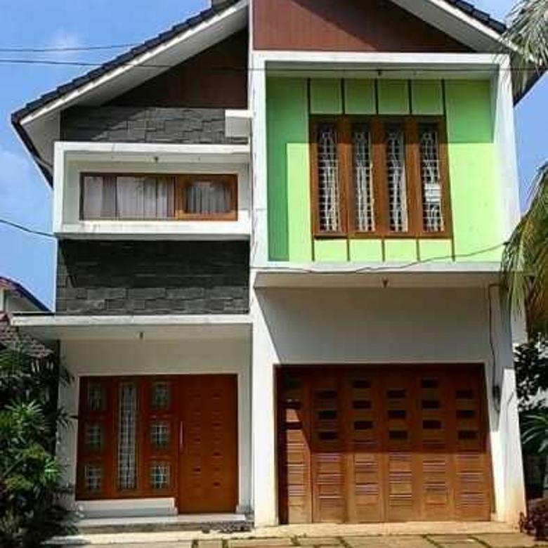 Disewakan atau Dijual Rumah Jl Cempaka Veteran Bintaro dkt Pon