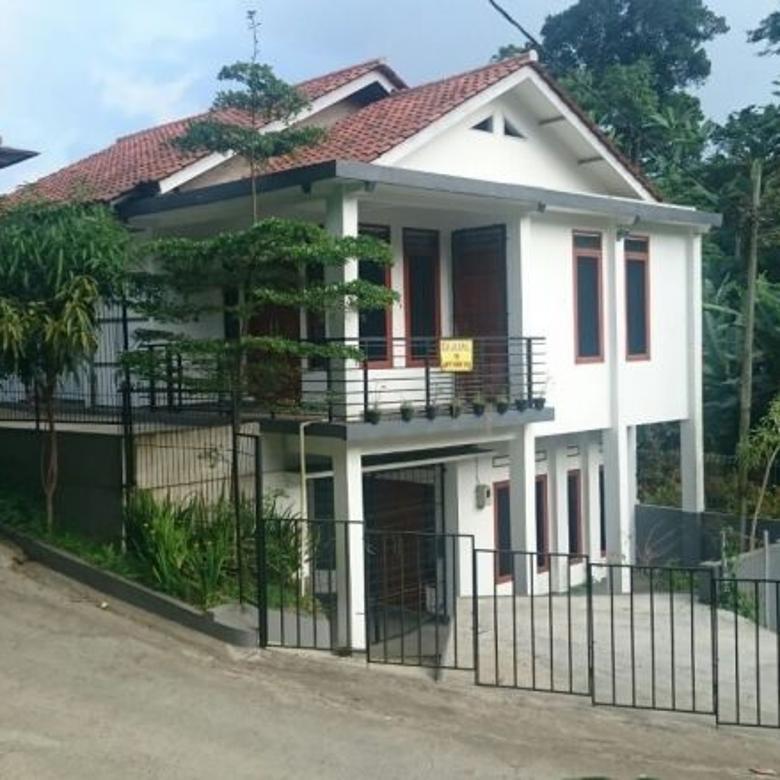 Dijual Murah Rumah 2 lantai dihitung Tanahnya saja Bandung