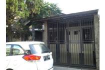 Disewakan Rumah Nyaman Bagus di Setraduta Bandung
