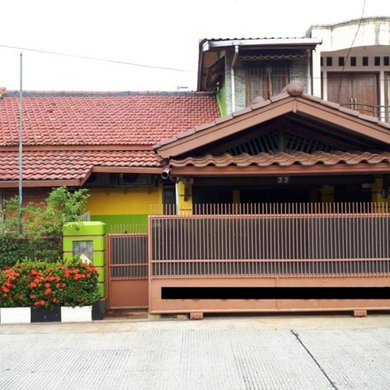 Rumah 2.1/2 Lantai, di Komplek Migas, Joglo, Jakarta Barat
