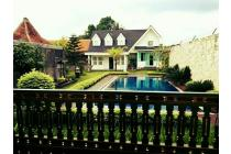 Villa mewah Modern Arsitekur Eropa Purwokerto