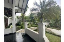 Rumah Gedung Hijau raya Pondok Indah - Hadap Utara