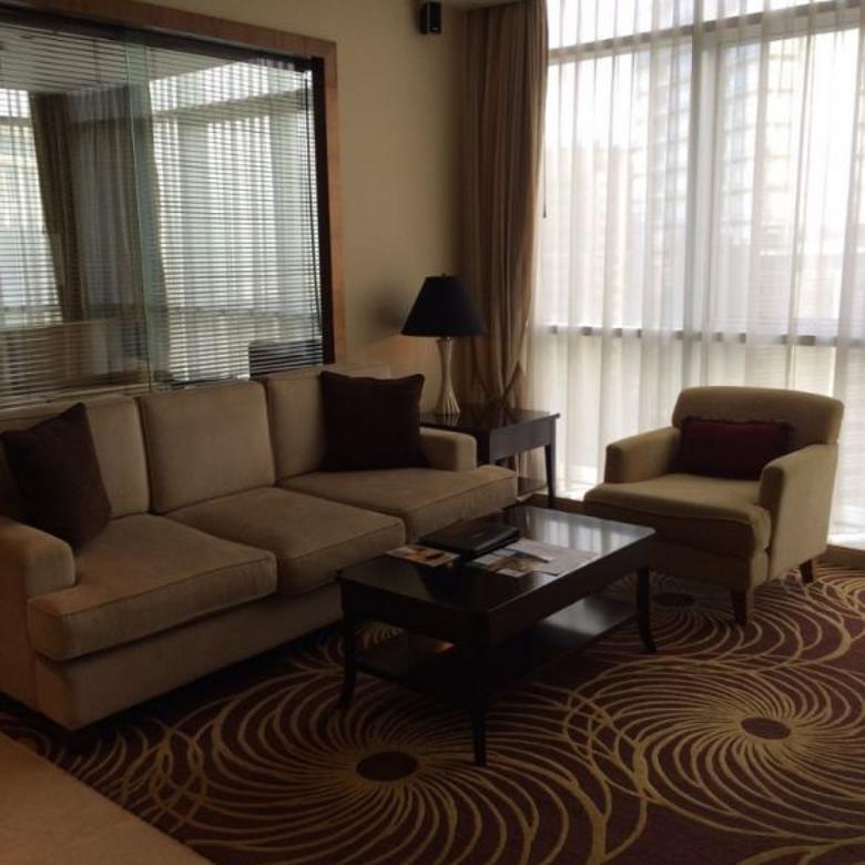 Sewa Apartemen Oakwood Premier 2BR Furnished Corner Unit
