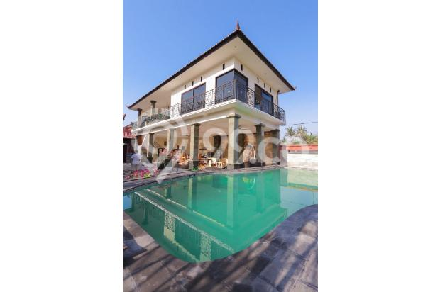 Hotel mewah dengan harga yang sangat terjangkau,bangunan sangat kuat dan kokoh,serta dekorasi ygs sangat cantik,nyaman dan view pantai 15423427