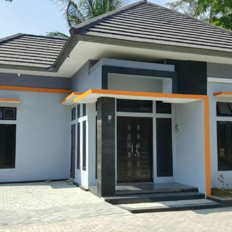 Rumah Megah Depan Dharmais Kulonprogo)