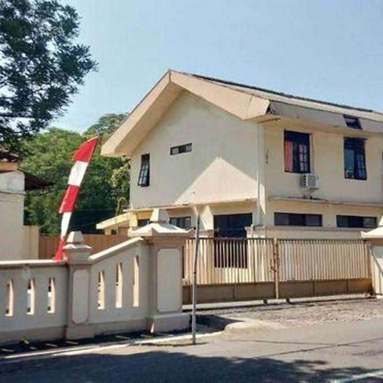 Ruang Usaha besar dan strategis di Jl Letjen Suprapto Sidomulyo Ungaran Timur Semarang