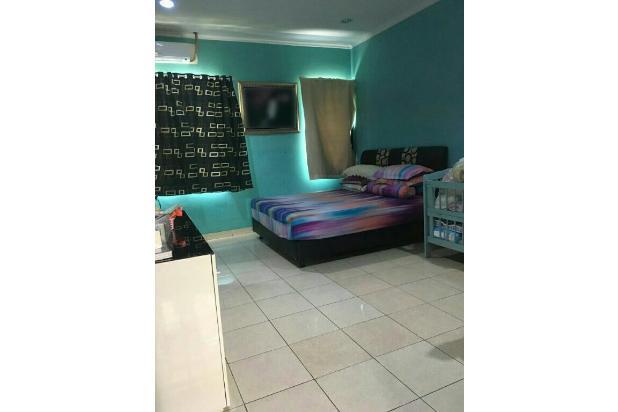Master bedroom luas | hadap depan rumah | sirkulasi udara bagus 18273720