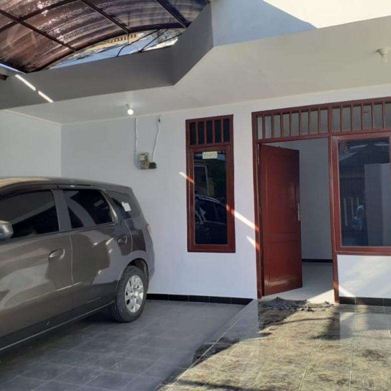 Rumah Simpang Darmo Permai Selatan Siap Huni