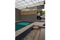 Rumah dijual di muncul, rumah besar dengan kolam renang