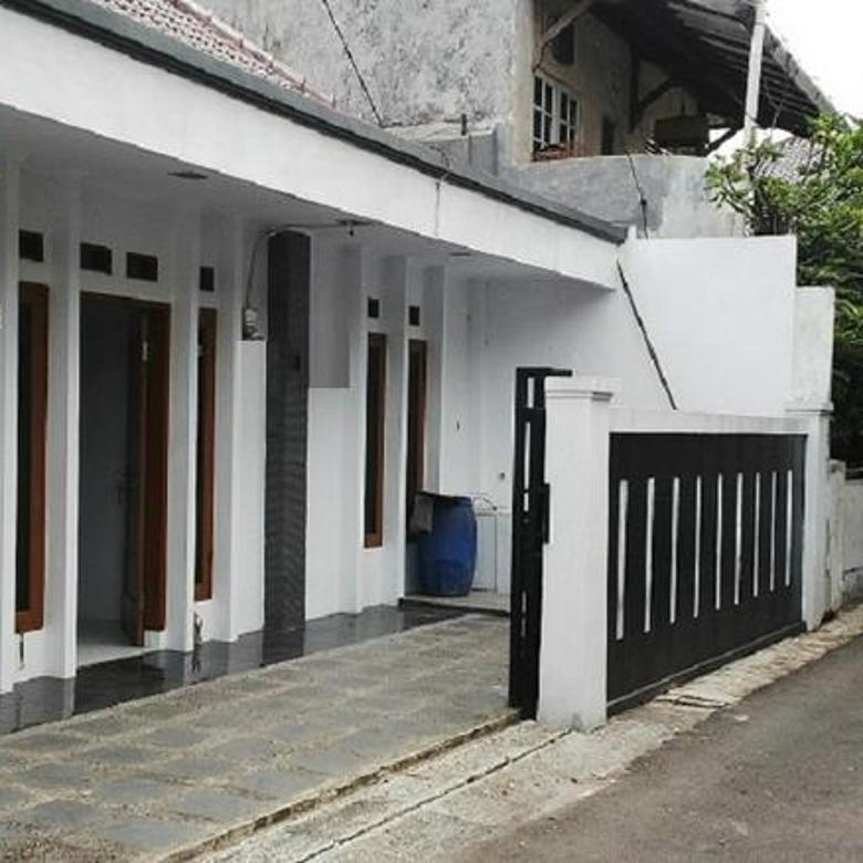 Rumah siap huni luas 158m Type 7KT Tebet Timur Jakarta Selatan