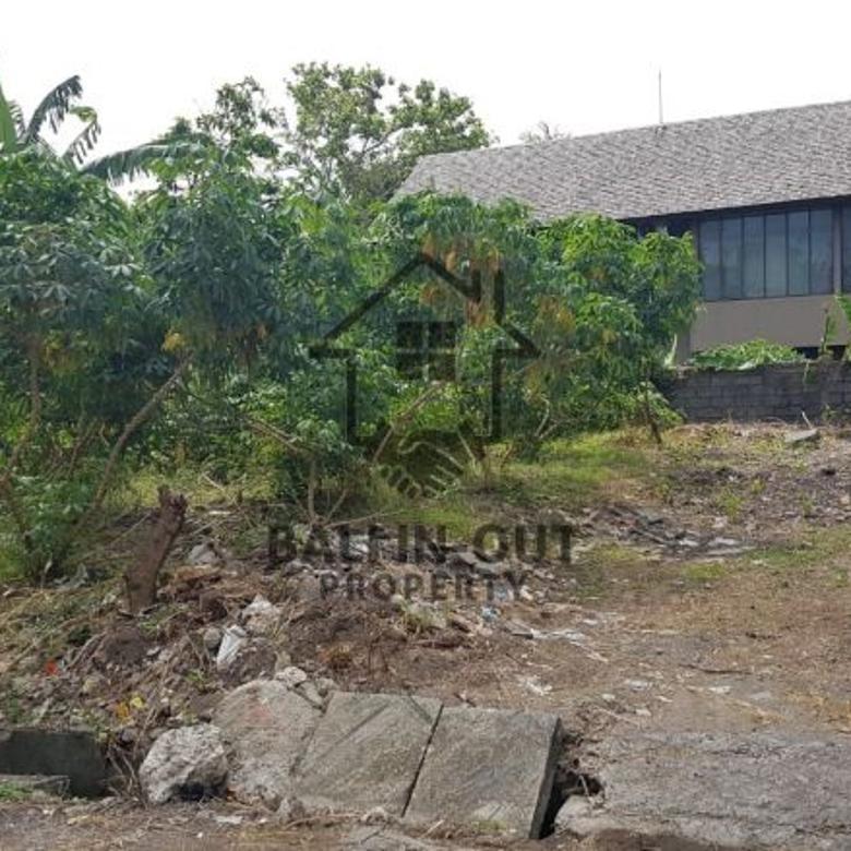 Dijual sebidang tanah lokasi di jl raya Semer Kerobokan