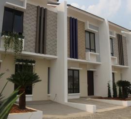 Rumah 2 lantai Aryana Karawaci di Diklat Pemda Tangerang