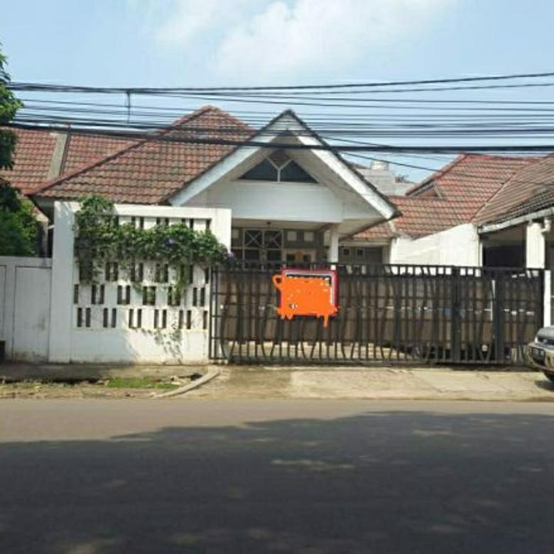 rumah pinggir jalan cocok untuk usaha di bsd