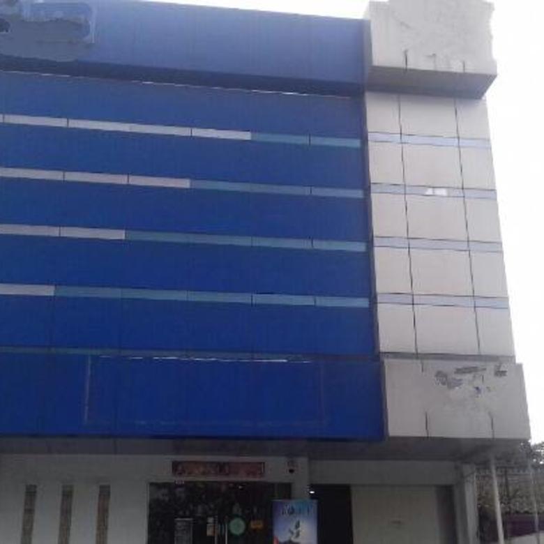 Sewa Gedung di Main Road Jalan Soekarno Hatta