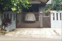 Disewakan rumah daerah sarijadi  dkt Univ Maranatha