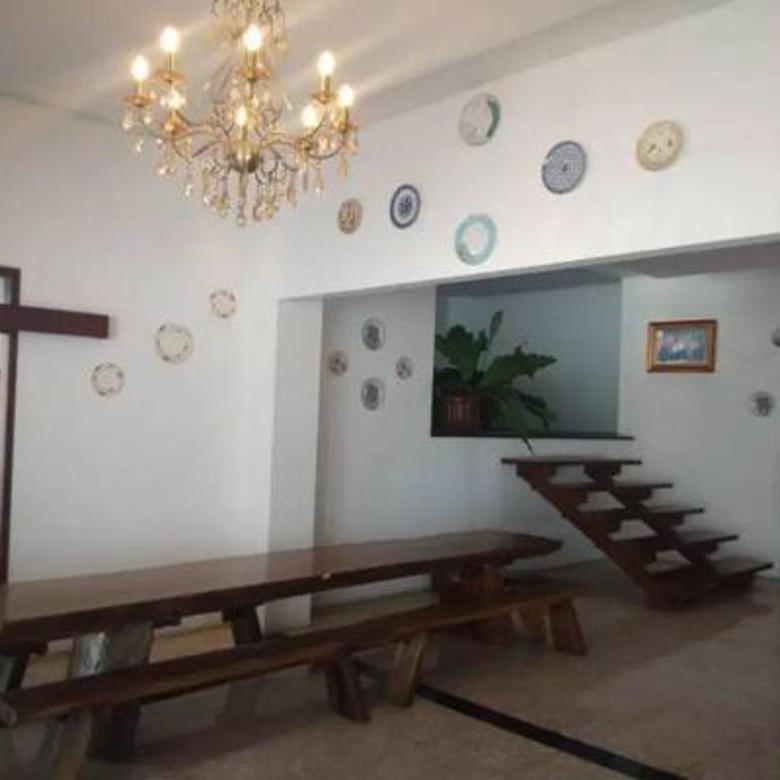 Rumah di Jalan Riau Bandung Cocok untuk Cafe di Sayap Riau Bandung