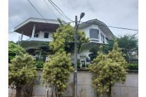 Rumah Kokoh Di Bukit Cinere