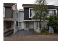 Dijual Rumah di Emerald View Bintaro depan taman (1276)