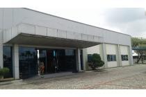 Pabrik di MM2100
